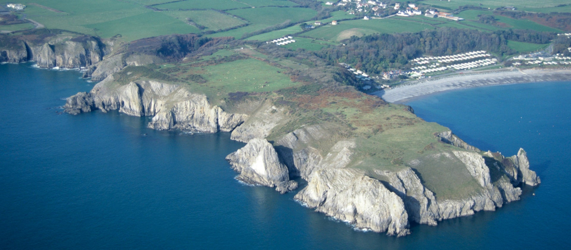 Lydstep cliffs and caverns walk | National Trust on