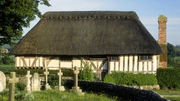 The West-facing front of the c14th timber framed Alfriston Clergy House.