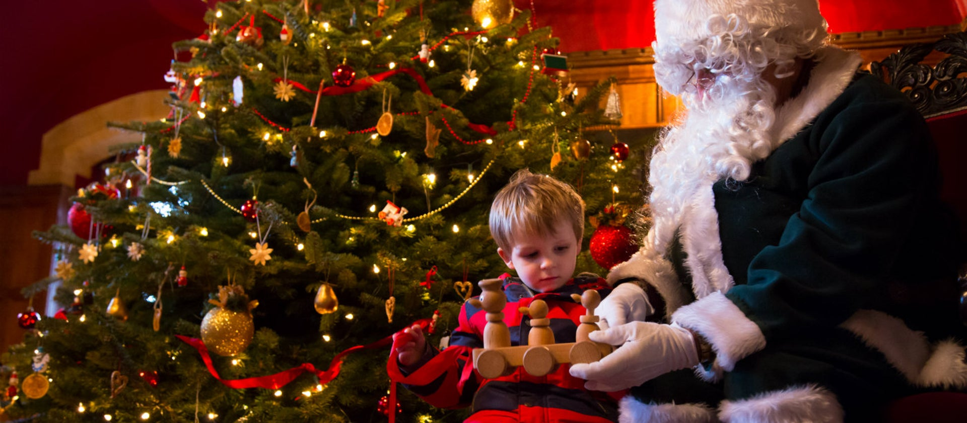 Wicken Christmas.Visit Father Christmas National Trust