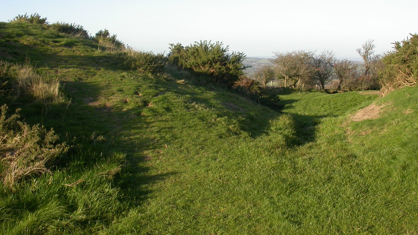 A path on the grassy ramparts of Pilsdon Pen