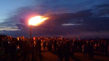 The ancient beacon site on Culver Down is used again, for the Queen's Diamond Jubilee
