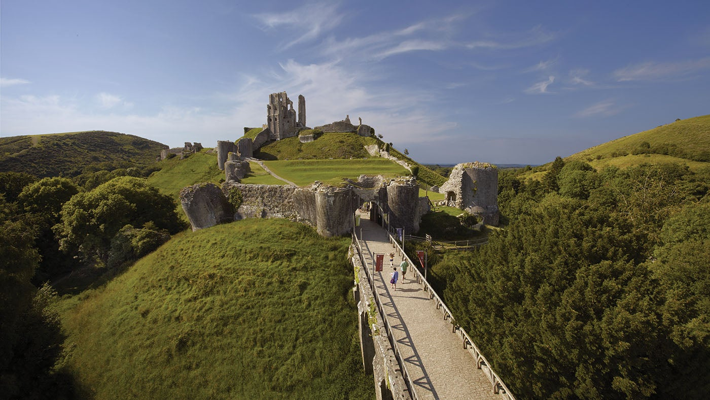 Corfe Castle with the main gatehouse in the foreground