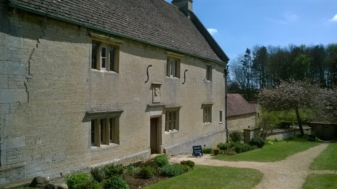 The house at Woolsthorpe Manor on a sunny spring day