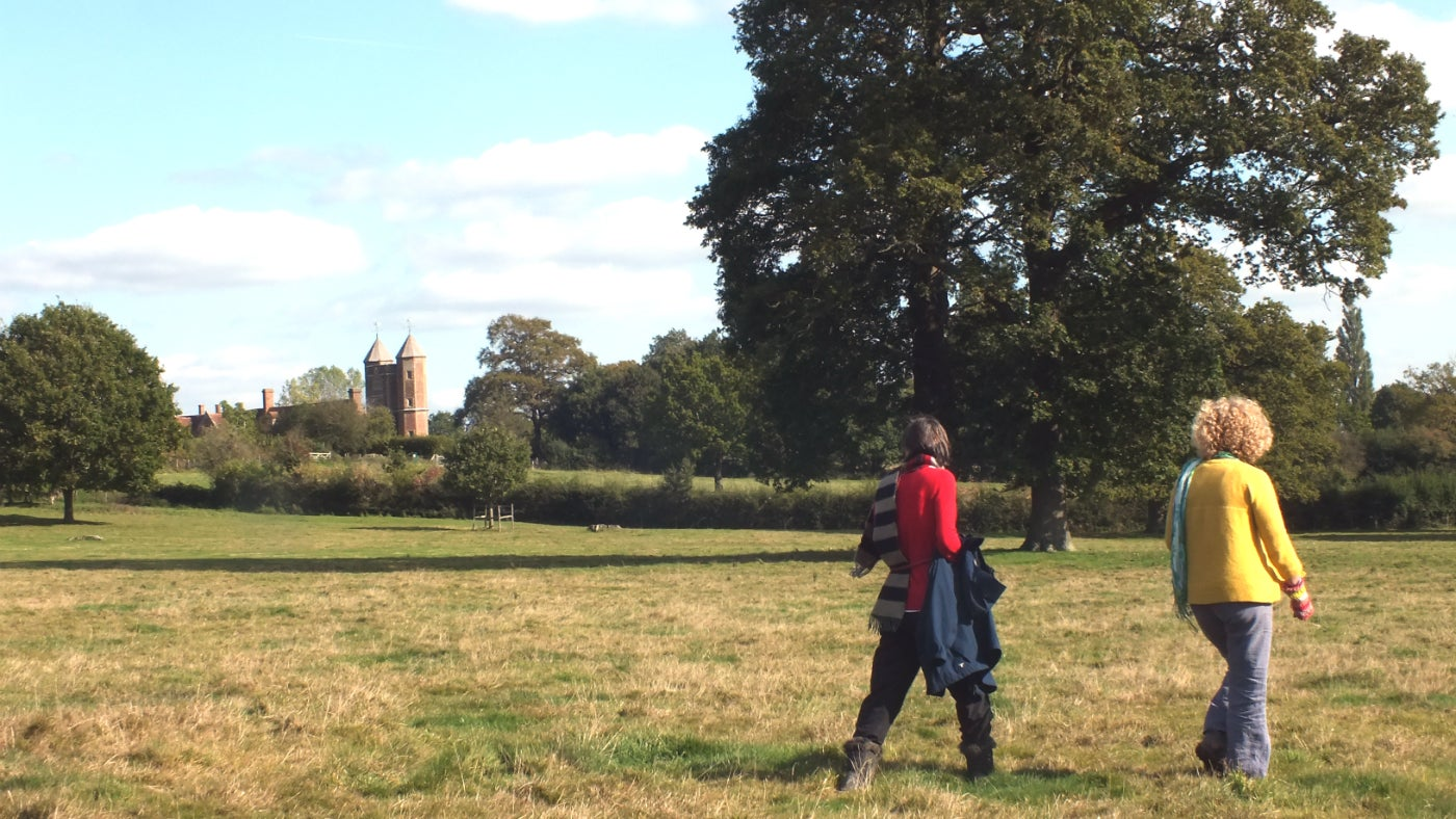 Walking through the Sissinghurst estate