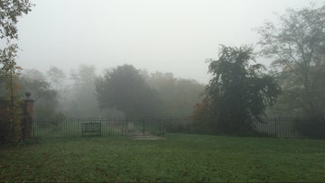 Autumn mist at Rainham Hall