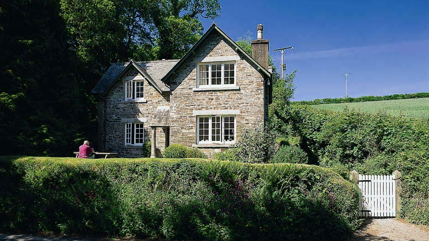 The exterior of Elbow Cottage, St Dominick, Cornwall