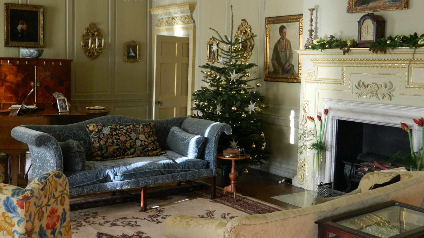 The saloon at Croft Castle decorated for Christmas