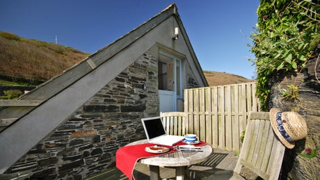 The private seating area at The Lugger, Boscastle, Cornwall