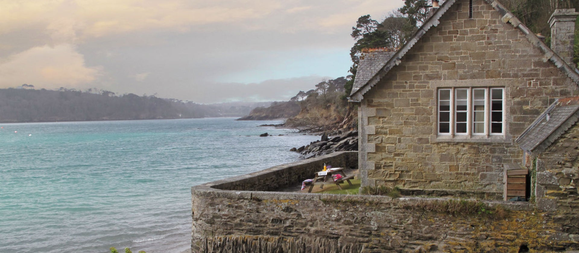 Beach and sea view cottages in Cornwall | National Trust