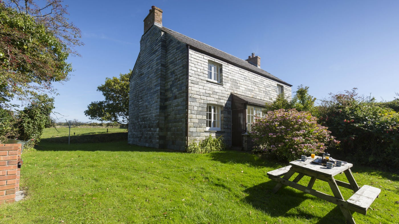 The exterior of Triggabrowne Cottage, Lanteglos-by-Fowey, Cornwall
