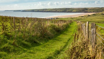 A footpath overlooking Freshwater West