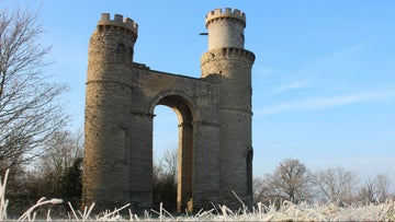 Croome Dunstall Castle in the frost