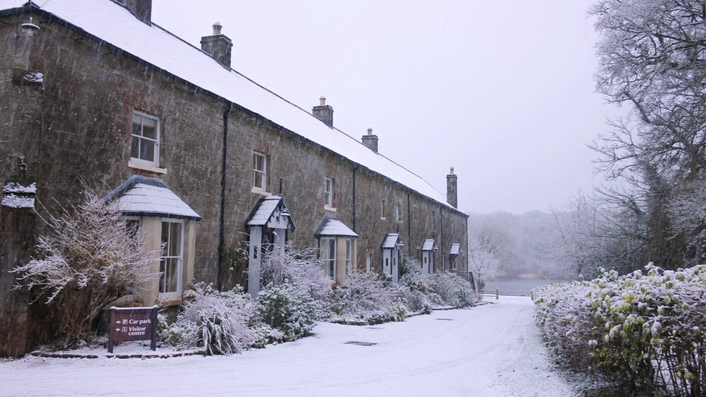 Crom holiday cottages on a snowy day