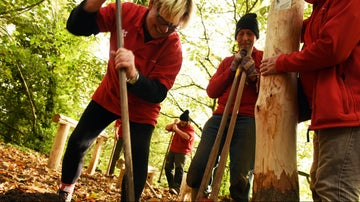Volunteering is a great way to enjoy the great outdoors