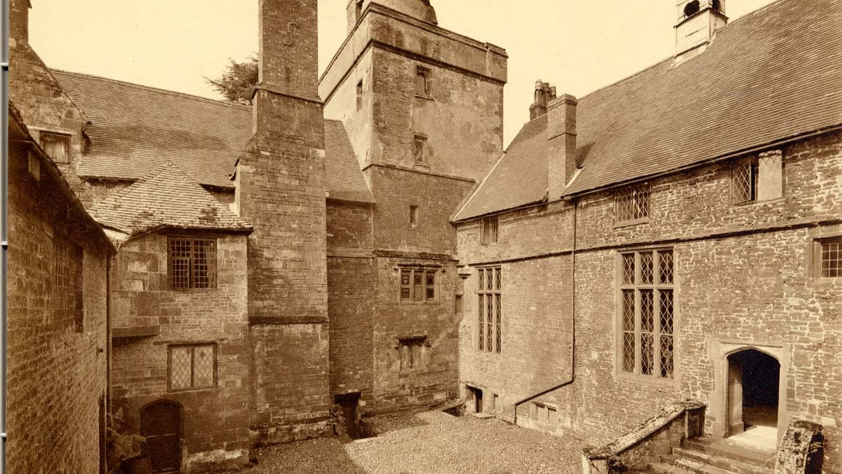Historic photograph of the Pebble Court at Canons Ashby
