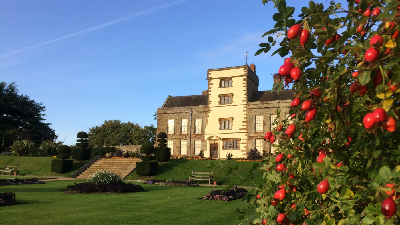 A bright autumn day at Canons Ashby