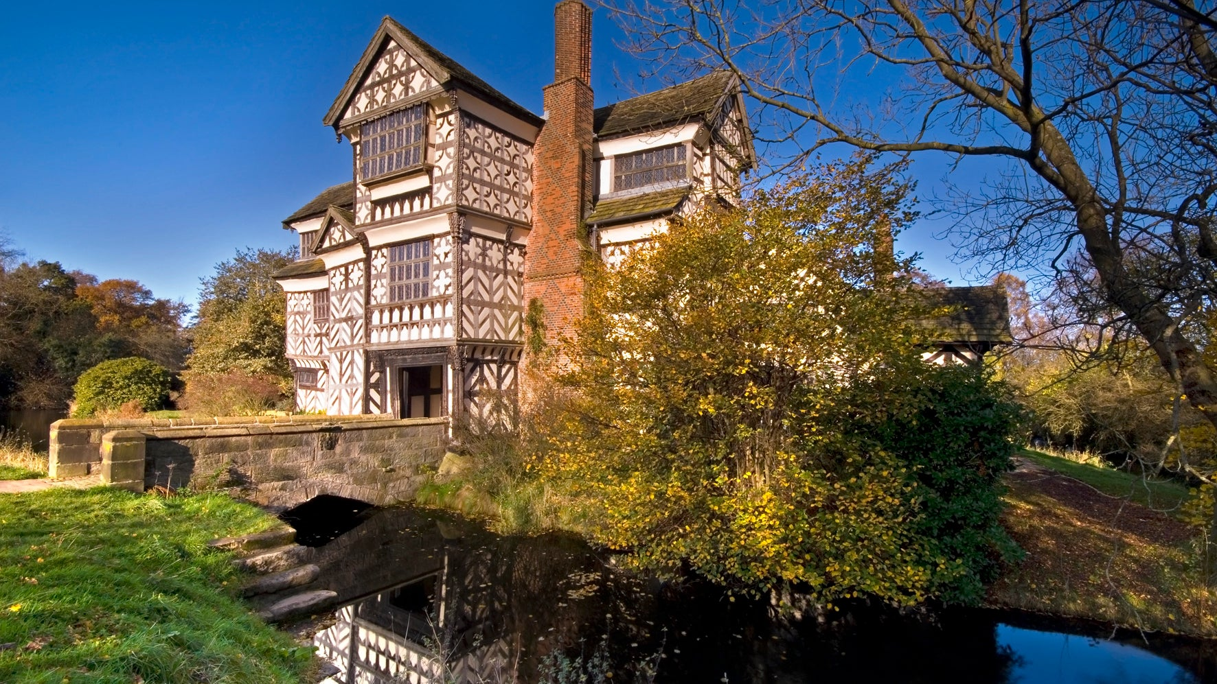 Little Moreton Hall in autumn