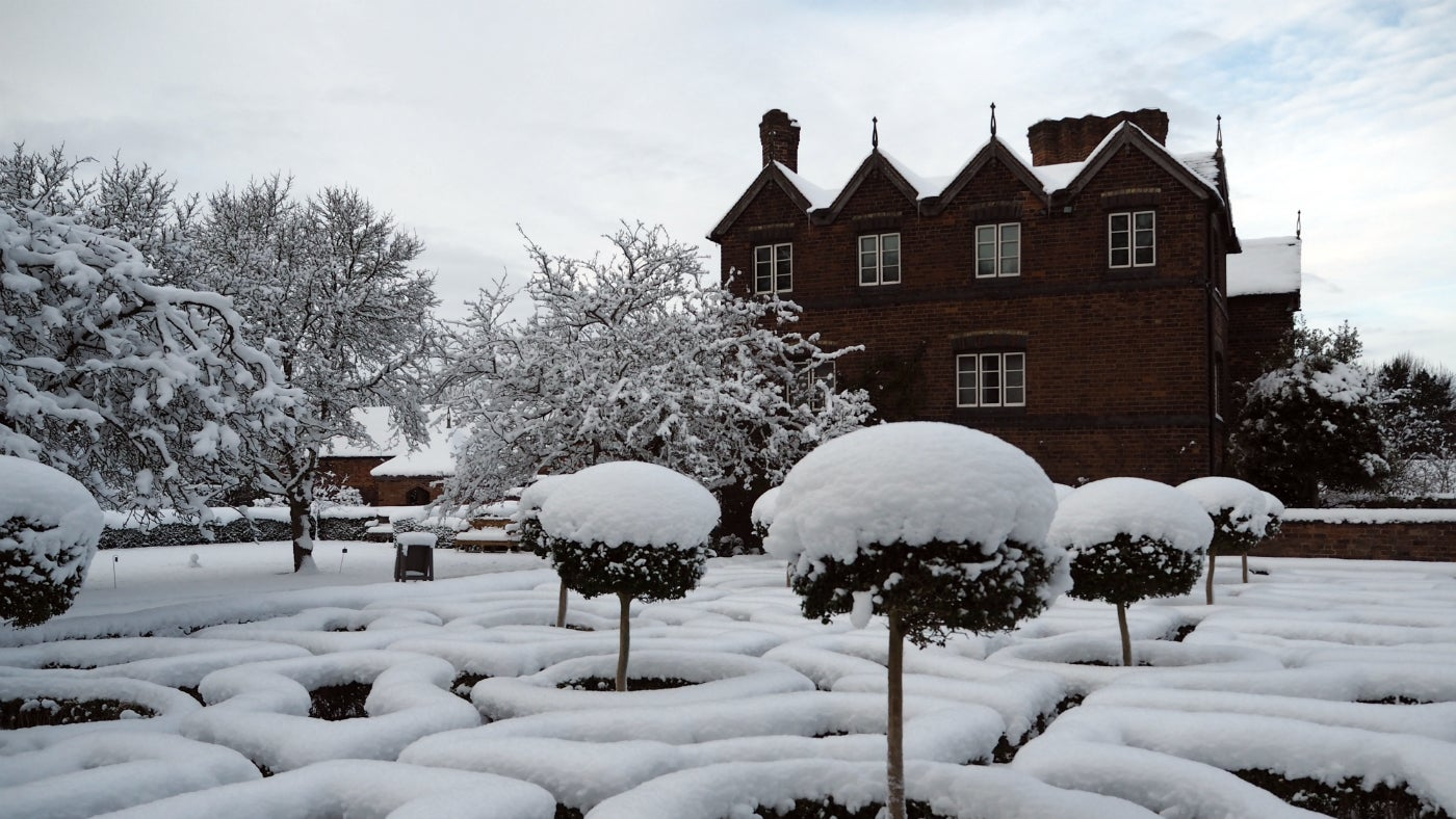 Snow at Moseley Old Hall