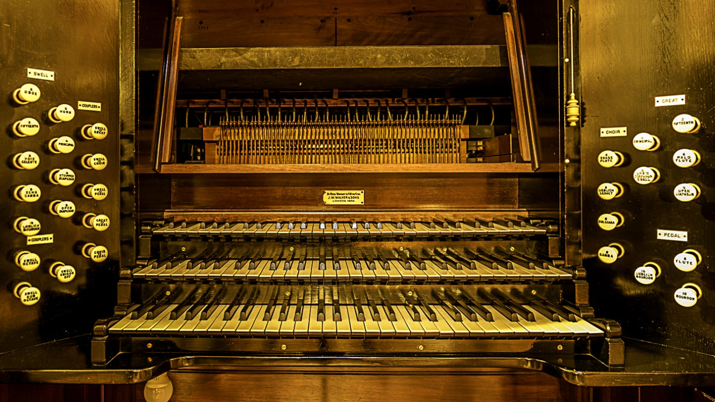 The organ at Hatchlands Park
