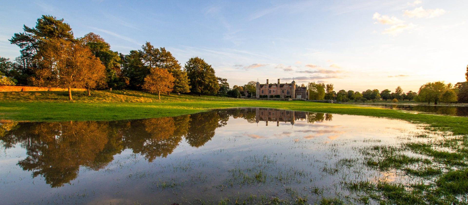 severe weather closure at charlecote park national trust
