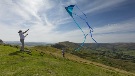 Kite flying on Mam Tor at Kinder, Edale and the Dark Peak