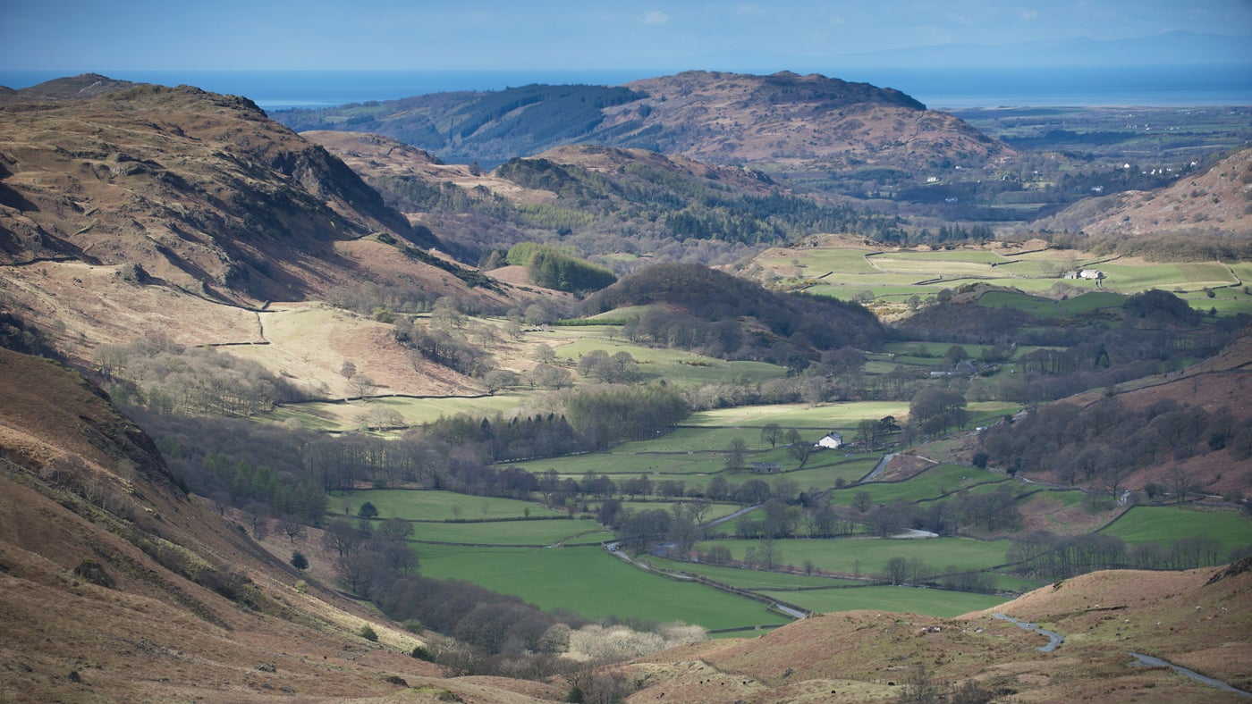 A river walk and train ride with spectacular scenery of the Eskdale valley