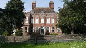 The front of the red brick house at Owletts