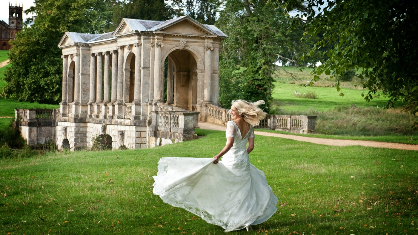 Places To Hold Wedding Receptions: Wedding Venues In London And South East